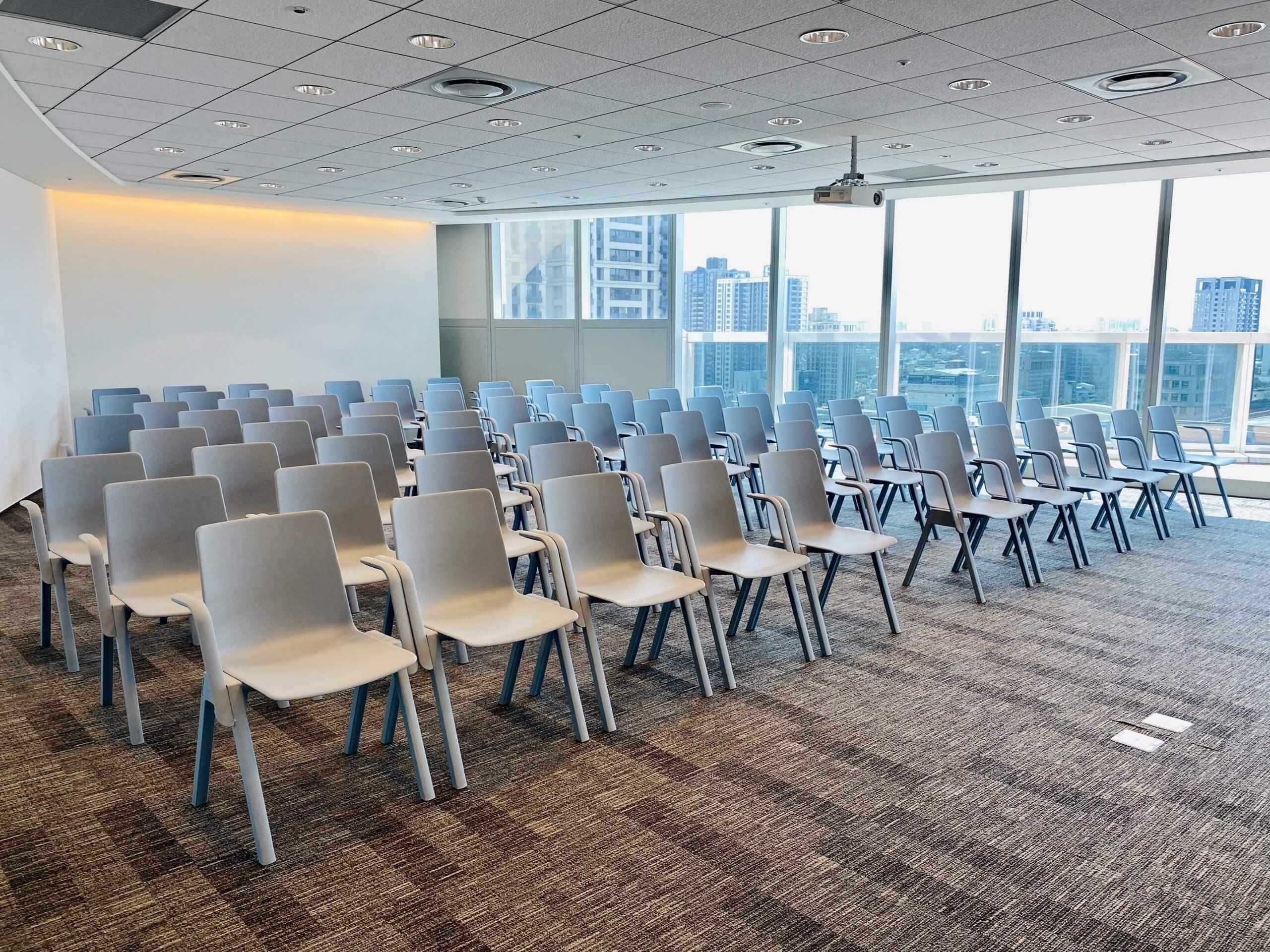 講座型會議室